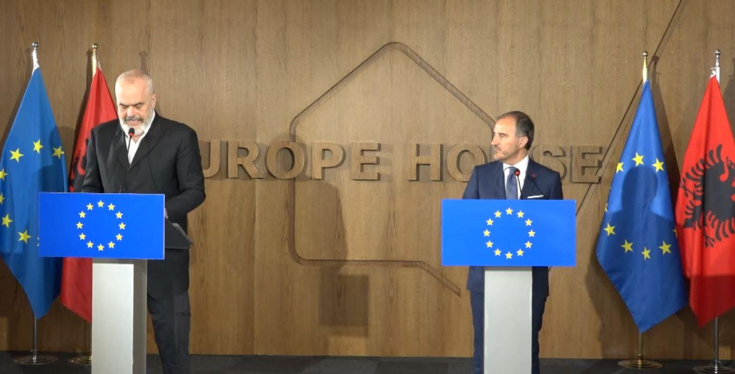 Reagon BE: Nuk po konsultojmë asnjë draft për kultivimin e kanabisit në Shqipëri
