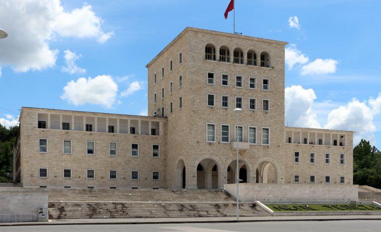 Kush janë rektorët e rinj të universiteteve në Shqipëri