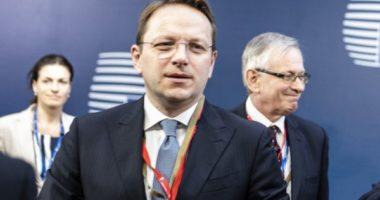 Komisioneri Evropian për Zgjerim optimist për mbylljen emarrëveshje Kosovë – Serbi
