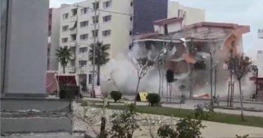 Një pallat në Durrës do të hidhet në erë me tritol, banorët të bëjnë kujdes