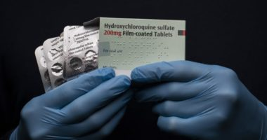 OBSH rifillon provat klinike për përdorimin e ilaçit anti-malarie në luftën kundër COVID-19