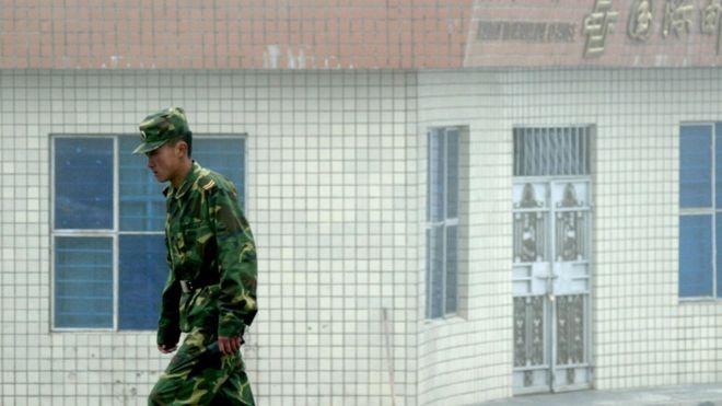 Tensione mes Indisë dhe Kinës, vriten 20 ushtarë indianë