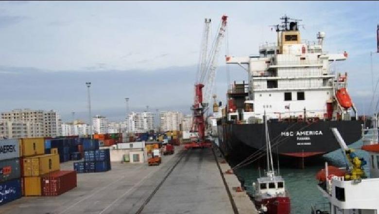 U sekuestruan në Durrës, eurot e padeklaruara ishin futur në një kamion këpucësh