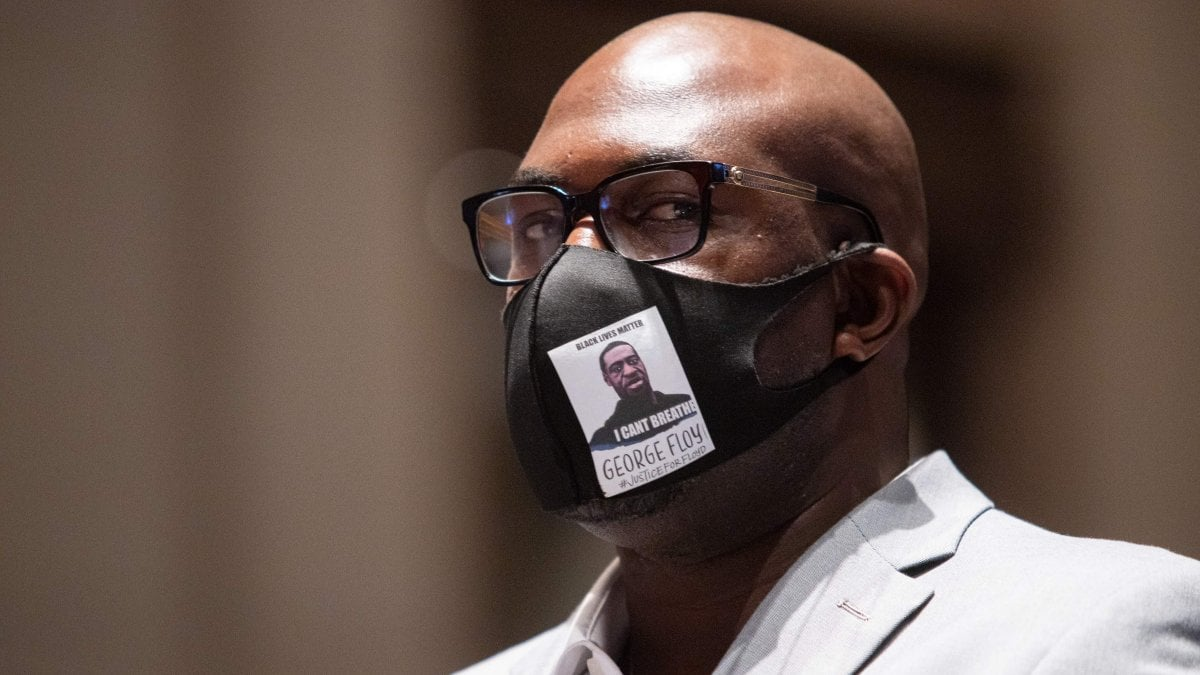 Vëllai i Floyd: George vdiq për 20 dollarë, kaq vlen një afro-amerikan?