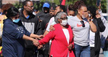 FOTO/ Protestat në SHBA/ Policia qëllon për vdekje 53-vjeçarin që shpërndau pica falas për policët