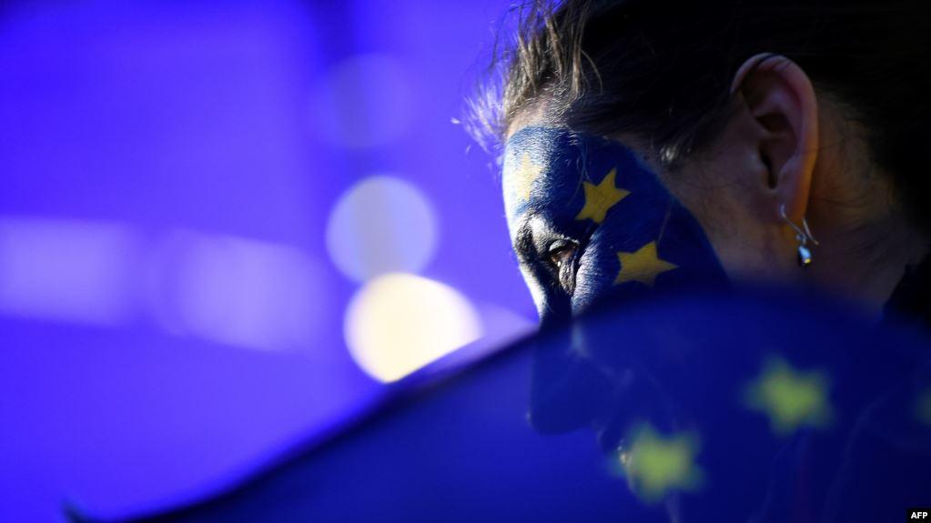 Komisioni Europian propozon hapjen e kufijve për Shqipërinë më 1 korrik