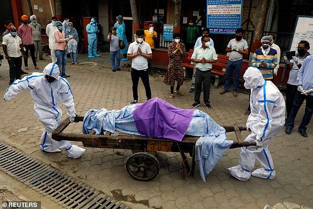 Rekord të infektuarish brenda një dite, India nxjerr ushtrinë për të menaxhuar pandeminë