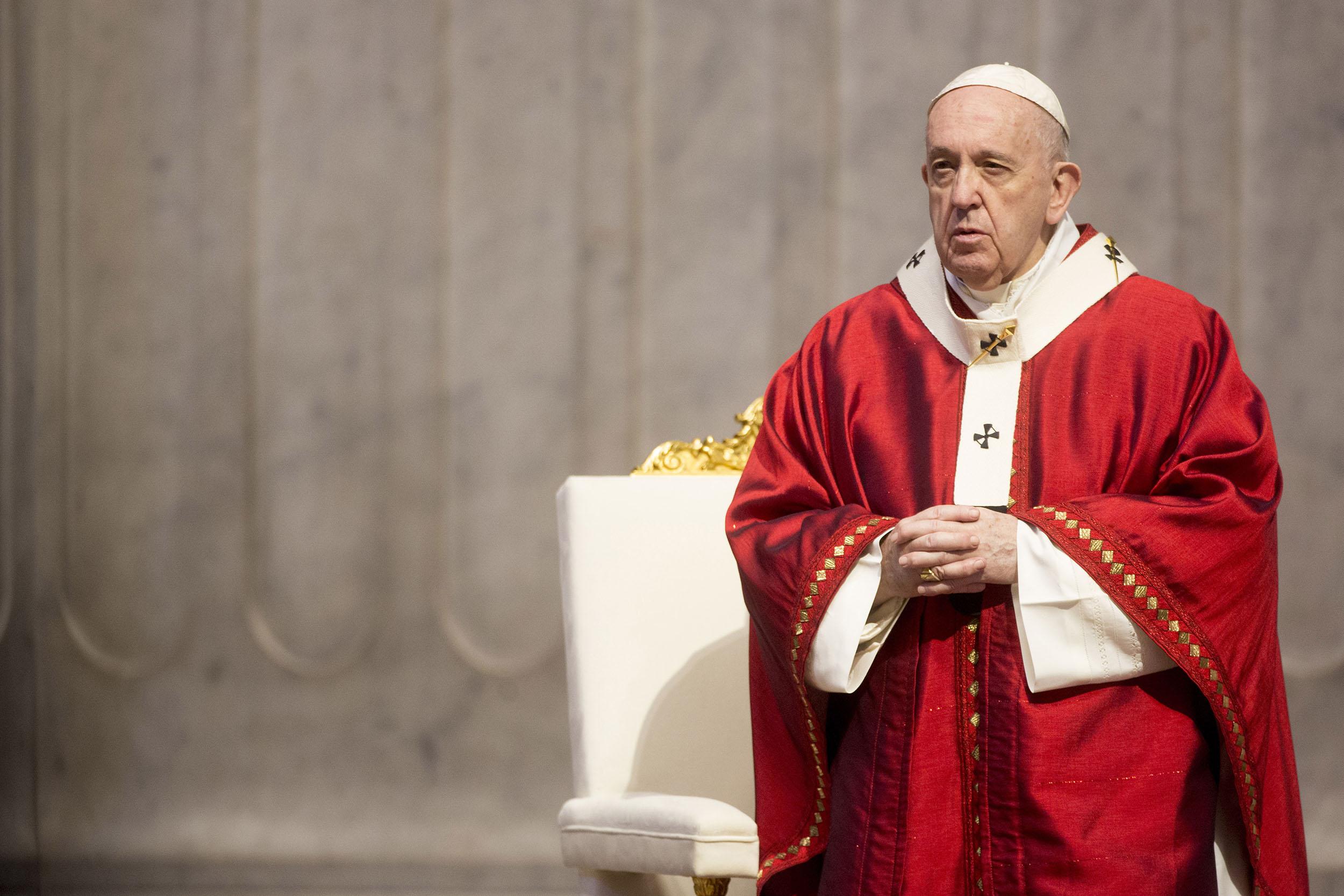Papa Françesku e quan vdekjen e George Floyd tragjike dhe racizmin një mëkat