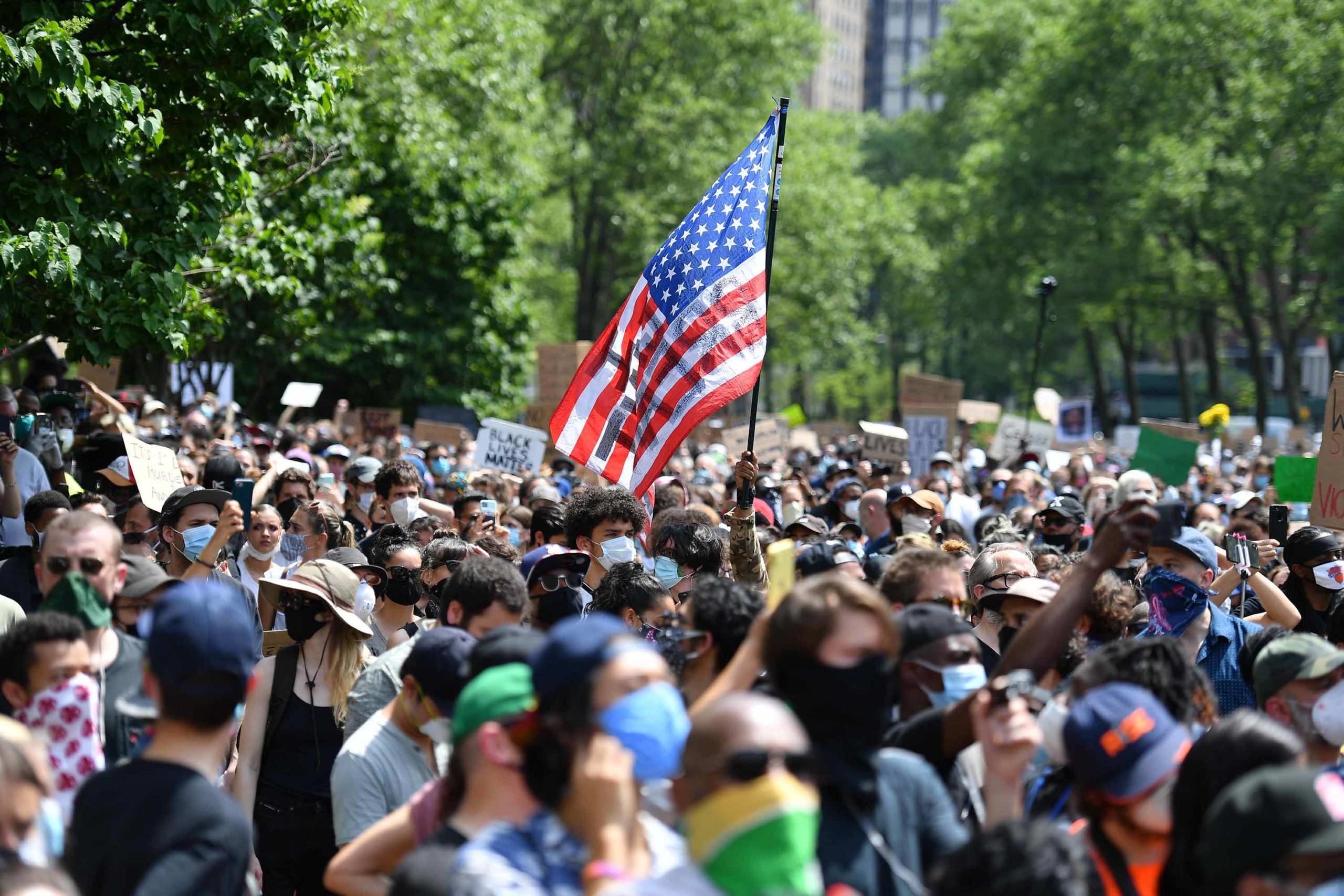 Protestat në SHBA, zyrtarët i druhen një rritjeje dramatike të rasteve me Covid-19