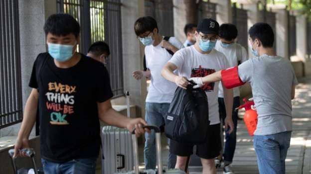 Për herë të parë në disa muaj, studentët e Wuhan-it kthehen në universitete