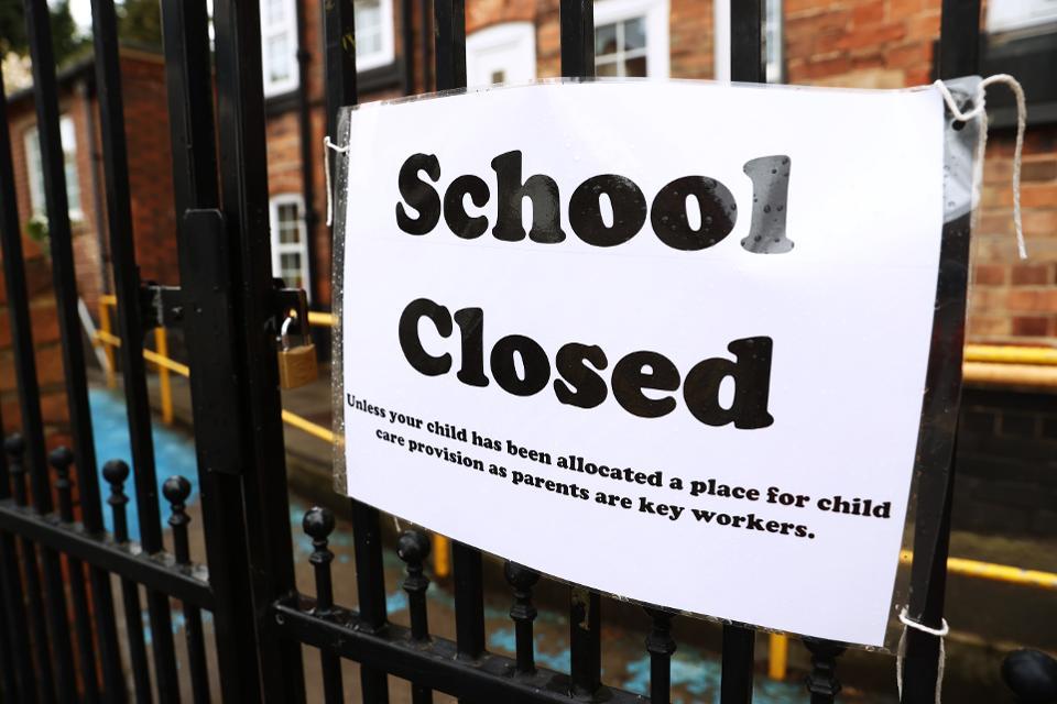 Shkollat në SHBA mund të qëndrojnë të mbyllura edhe në shtator