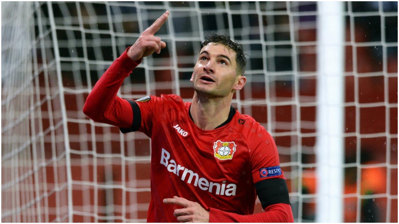 VIDEO/ Zhbllokohet supersfida e Bundesligës, një argjentinas ndëshkon Bayernin