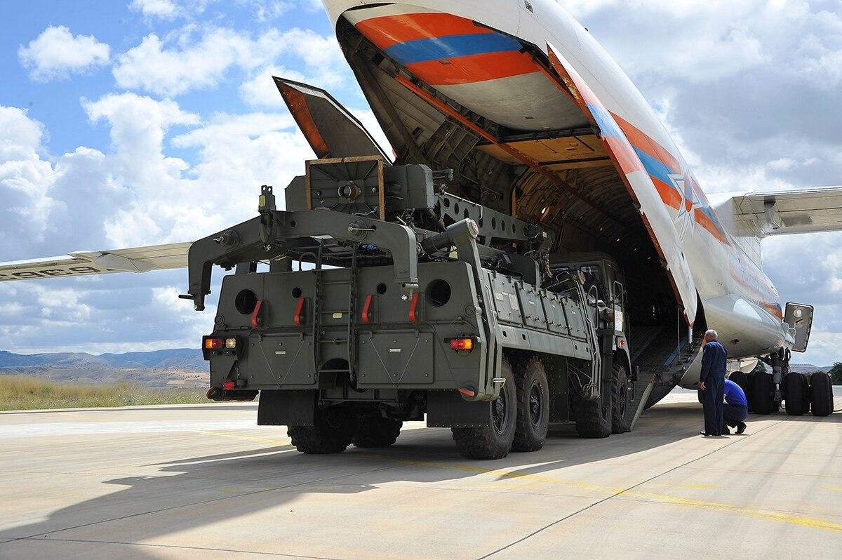 E bujshme, SHBA-te do të blejnë raketat ruse të Turqisë