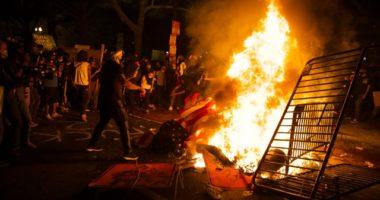 """Zjarr pranë Shtëpisë së Bardhë, digjet """"kisha e presidentëve"""""""