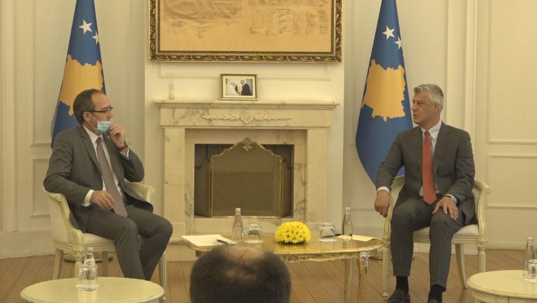 Para nisjes për në Bruksel, Hoti takohet me Thaçin