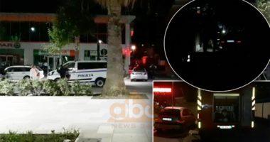 """VIDEO/ Digjet """"Benz""""-i gjatë natës në Vlorë, mjeti mori flakë teksa ishte i parkuar"""