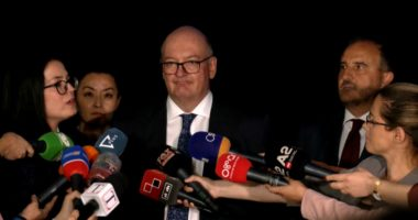 Ambasadori britanik: Le të bëjmë punën, shqiptarët kanë nevojë për Reformën Zgjedhore
