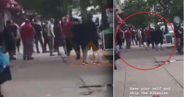 Protestuesi në SHBA: Shqiptarët dhe italianet kanë dalë me shkopa, mos hyni në këtë lagje