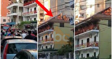 VIDEO/ Përfshihet nga flakët vila 4 katëshe në Tiranë