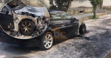 VIDEO/ Shkrumbohet nga flakët makina luksoze në Vlorë, dyshohet zjarrvënie e qëllimshme