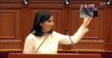 Deputetja Dhimitri: Në protestën tek Teatri mund të ketë pasur dhe kriminel me uniforma policie