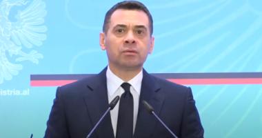 Ahmetaj konfirmon premtimin e Ramës: Zero tatim fitimi për biznesin e vogël deri në 2029