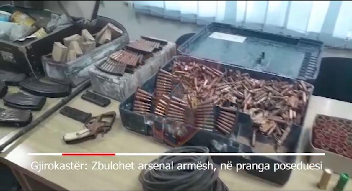 VIDEO/ Sekuestrohet arsenal armësh me silenciator dhe municion luftarak në Gjirokastër
