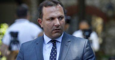 Kryeministri i Maqedonisë së Veriut në izolim, testohet për koronavirus