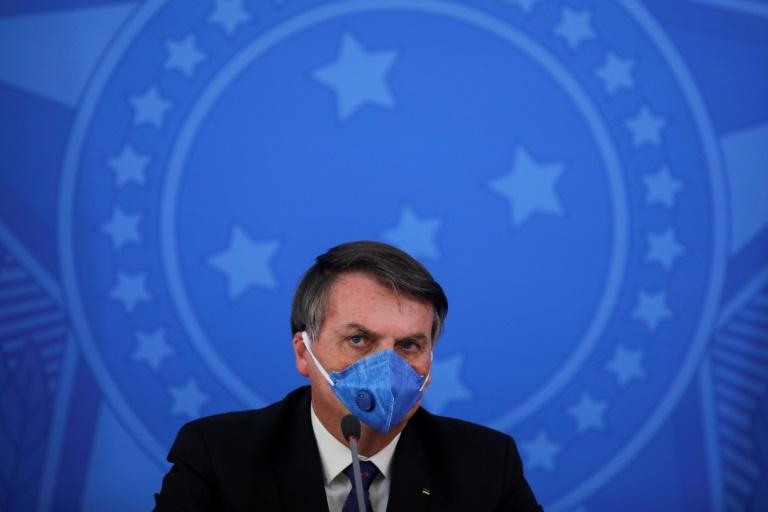 """""""Asnjë nuk është sipër ligjit"""", gjykatësi detyron presidentin brazilian të mbajë maskë"""