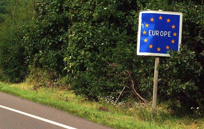 Hapja e kufijve në pikëpyetje, BE mund t'i mbajë mbyllur edhe pas 1 korrikut për Ballkanin