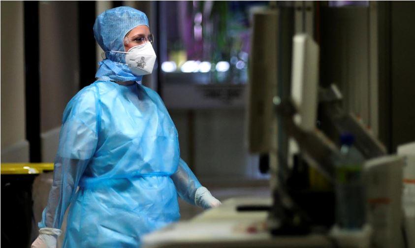 """Frika nga vala e dytë  e COVID-19, Europa synon të trajnojë """"ushtrinë"""" e mjekëve"""
