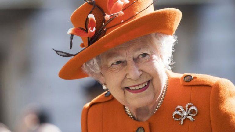 Mbretëresha Elizabeth befason, dalja e parë që pas pandemisë është e veçantë