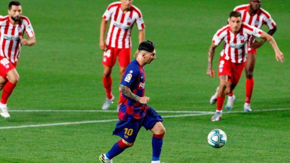 VIDEO/ Tre penallti dhe shumë polemika, Barcelona ngec sërish