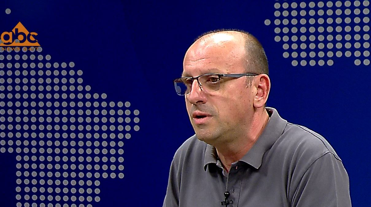 Arjan Mezini: Viktimë e Covid është çdo pacient i prekur, ka apo jo shenja