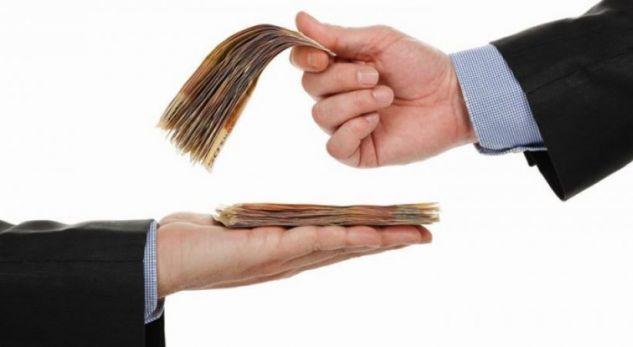 Në Shqipëri paga rritet me 8% për çdo vit më shumë shkollë