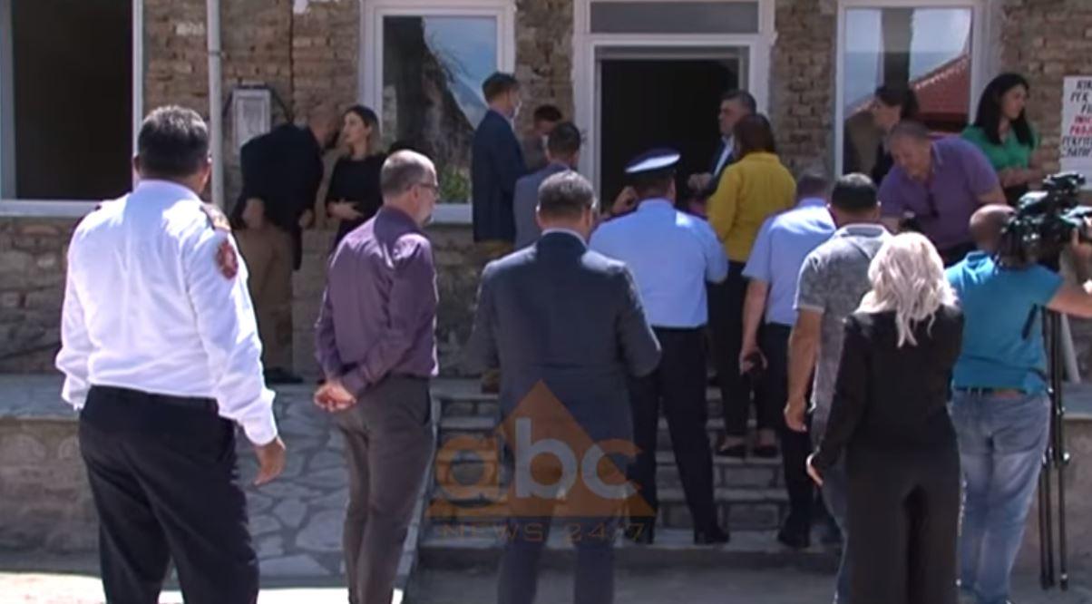Hapet qendër e re azilkërkuesish, refugjatet do strehohen në Ersekë