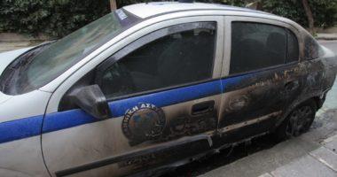 Sulmohet me bomba molotov pstacioni i policisë në Athinë