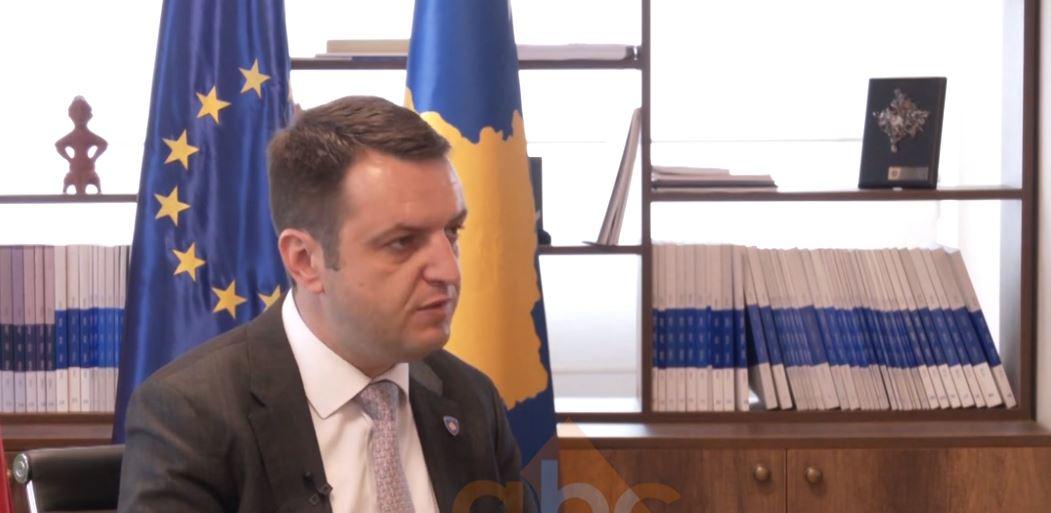 Ministri i Drejtesisë në Kosovë: Prekja e Kushtetutës do të hapte kutinë e pandorës!