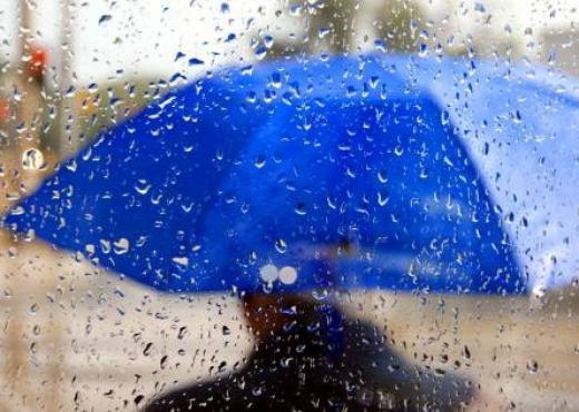 Reshje shiu dhe shtrëngata, si do të ndryshojnë temperaturat ditën e sotme