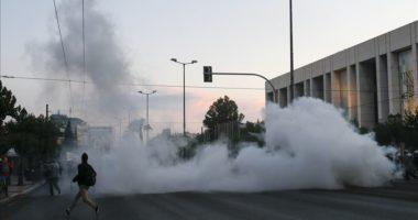 Vrasja e Floyd/ Përplasje midis protestuesve dhe policisë në Greqi