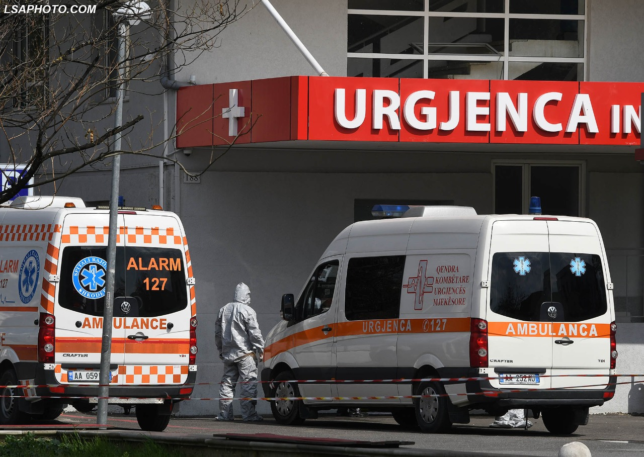Regjistrohen 698 raste me koronavirus dhe 12 humbje jete në 24 orët e fundit