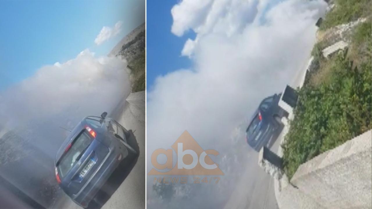 VIDEO/ Përfshihet nga flakët automjeti në Sarandë