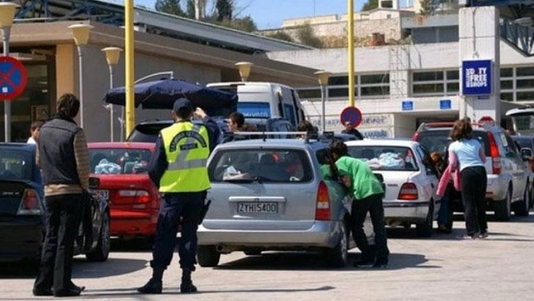 Zyrtarët e policisë greke premtojnë se do vijojnë punën edhe gjatë natës
