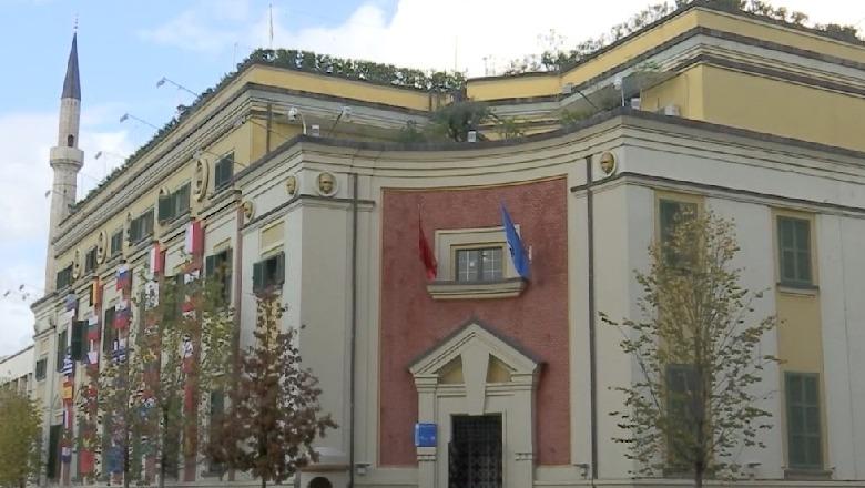 Këshilli Bashkiak i Tiranës miraton listën me 1566 familje, që përfitojnë pagesat e tërmetit