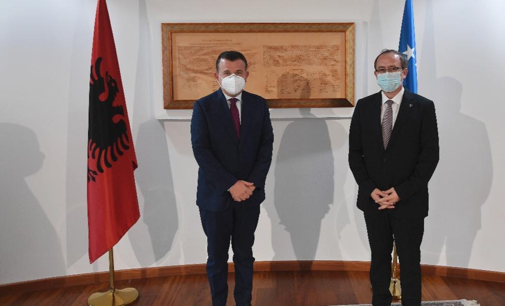 Balla vizitë në Kosovë, takim me kryeministrin Avdullah Hoti