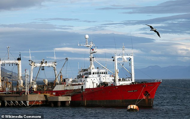 35 ditë në det dhe ishin negativë kur u nisën, mister infektimi me Covid i 57 peshkatarëve