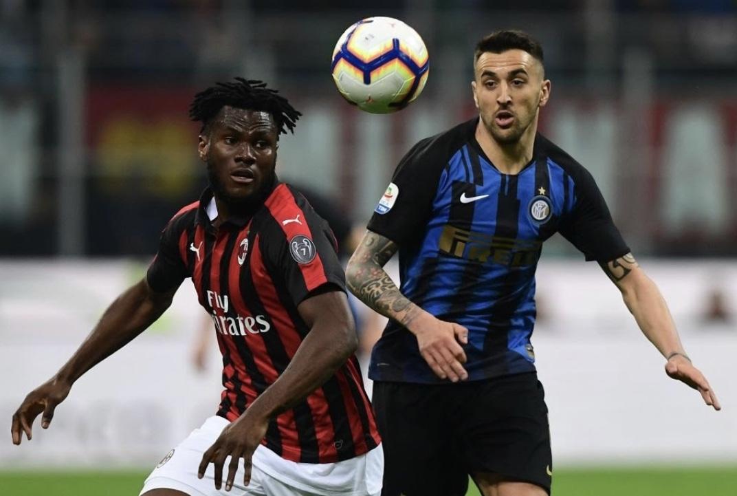 Milan dhe Inter projektojnë shkëmbimin, dy mesfushorët në lojë