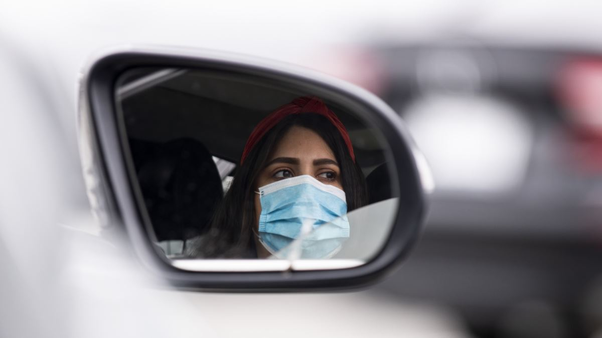 Qeveria e Kosovës bën të detyrueshme mbajten e maskave në publik