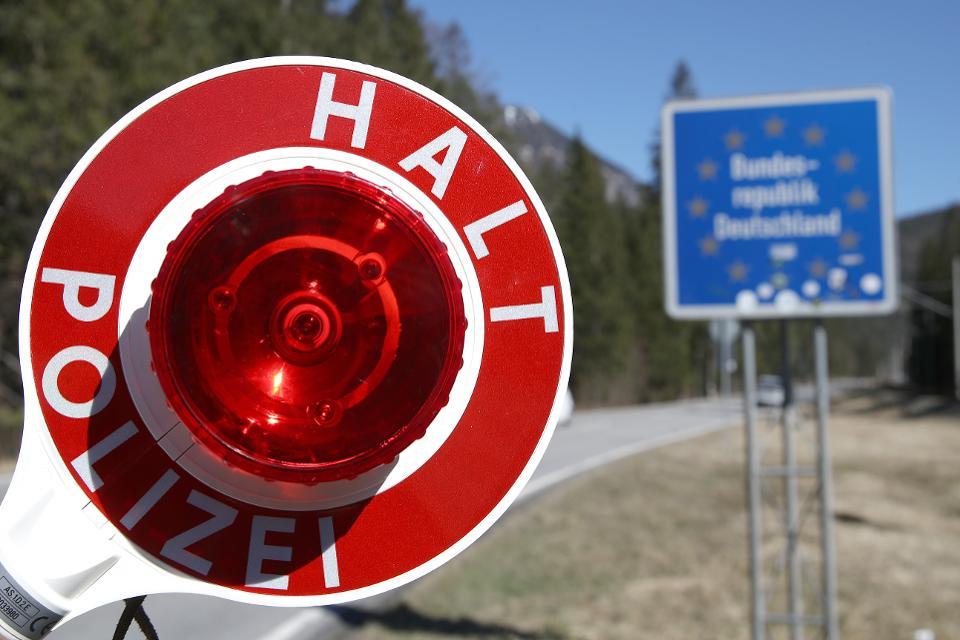 BE mbylli sërish dyert, këto janë vendet ku mund të udhëtojnë shqiptarët pa paraqitur tamponin