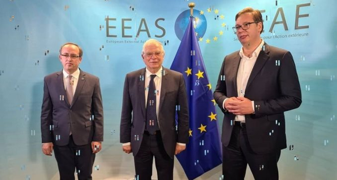 Vuçiç pas takimit me Hotin në Bruksel: Të hapen arkivat e UÇK-së